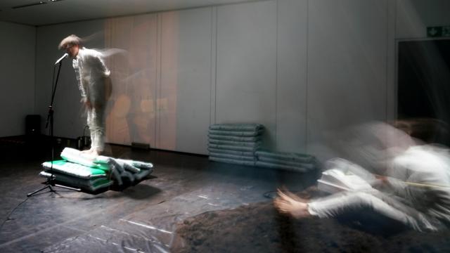 Akademie für Darstellende Kunst Baden-Württemberg - Körber Studio Junge Regie 2019 Hamburg <br />»Verlust«. Von und mit Benjamin Junghans
